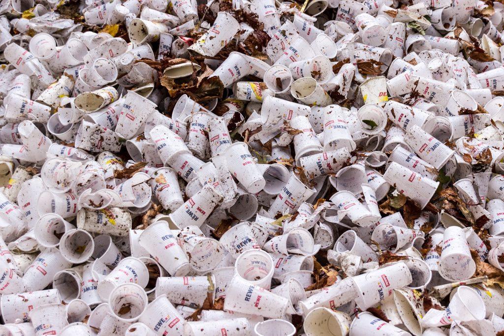 Plastico de un solo uso y normativa europea